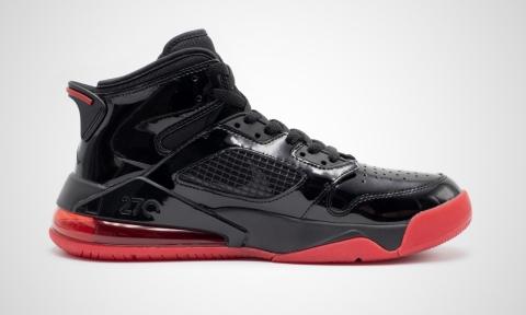 Баскетбольные кроссовки Jordan Mars 270 Black Red CD7070-006